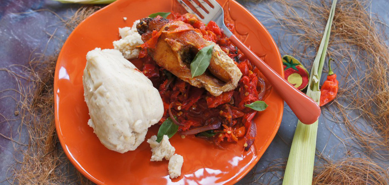 kenkey with fish in spicy patmenja sauce